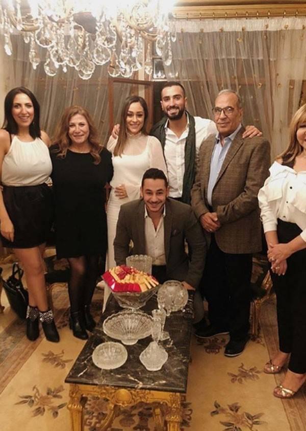 محمد الشرنوبي يحتفل بخطوبته